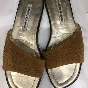 Manolo Blahnik Shoes - Manolo Blahnik size 38 8 US tan slides GUC
